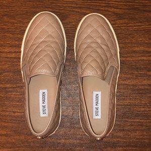 Steve Madden Ecentrcq Tan Slip on Shoe